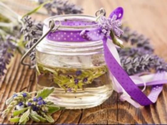 Fabriquez votre huile de massage bio à la maison