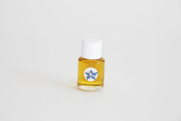 huiles botaniques pour peaux sèches à très sèches. Trio d'huiles botaniques pour plus d'un mois de soins naturels du visage.
